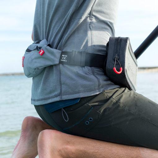 dry pouch s'attache à la ceinture gilet de sauvetage